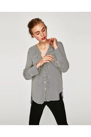 Zara GESTREIFTE BLUSE MIT VOLANTS - In weiteren Farben verfügbar