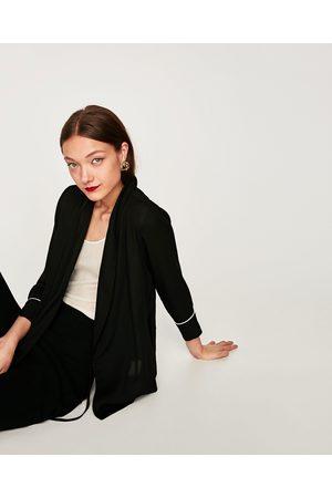 Zara BLUSE ZWEIREIHIGER VERSCHLUSS MIT SMOKING-REVERS - In weiteren Farben verfügbar