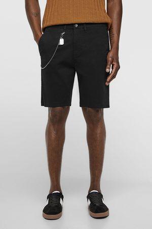 Zara Herren Shorts - Bermudashorts mit kette