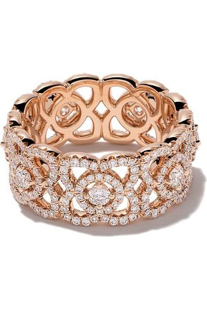 De Beers 18kt Enchanted Lotus diamond band