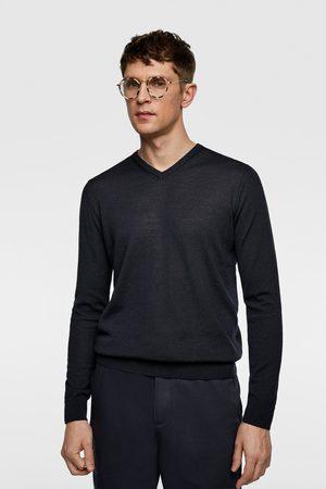 Zara Wollpullover mit v-ausschnitt