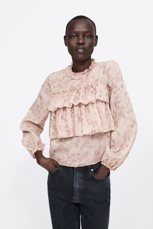Zara Embroidered blouse with ruffles