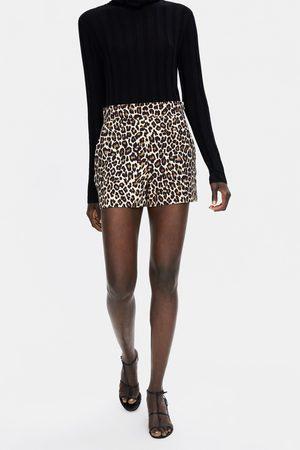 Zara Shorts mit animalprint