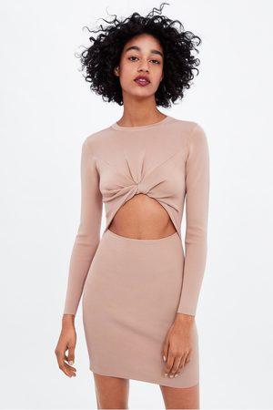 Zara Kleid mit knoten und cut-outs