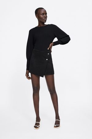 Zara Rock mit shorts in wildlederoptik