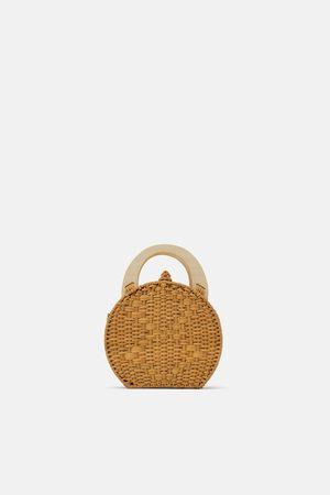 Zara Handtasche aus naturmaterialien