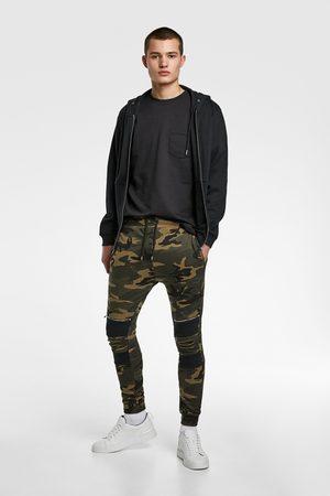 Zara Jogginghose mit camouflagemuster