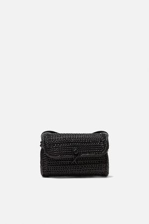 Zara Ovaler shopper in flechtoptik