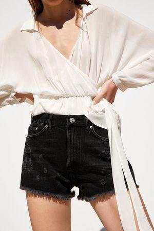 Zara Jeansshorts mit rissen