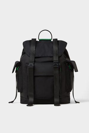 Zara Schwarzer rucksack mit zahlreichen taschen