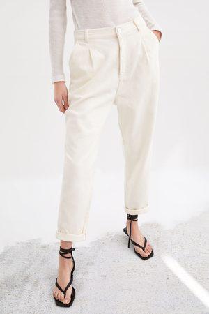 Zara Hose aus festem stoff