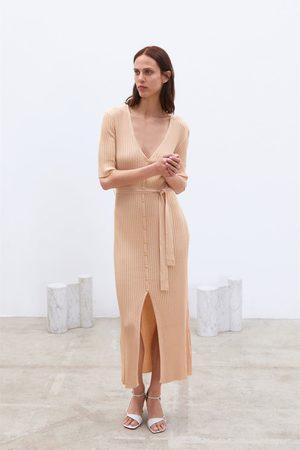Zara Strickkleid mit gürtel