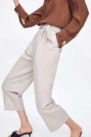 Zara Bundfaltenhose mit gürtel