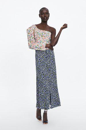Zara Rock mit bezogenen knöpfen