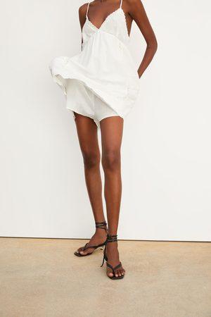 Zara Overall-kleid aus festem stoff mit stickerei