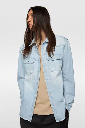 Zara Jeans-überhemd mit rissen