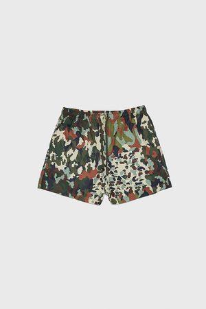 Zara Herren Badehosen - Badeshorts mit camouflagemuster in patchworkoptik