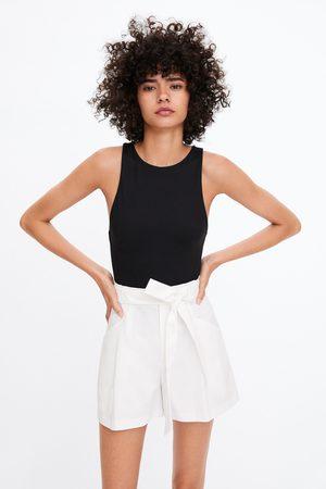 Zara Damen Shorts - Paperbag-bermudashorts mit gürtel