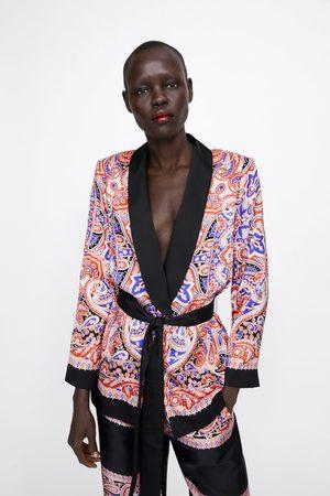 Zara Gemusterter blazer mit gürtel