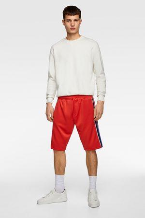 Zara Bermuda-shorts mit seitenstreifen