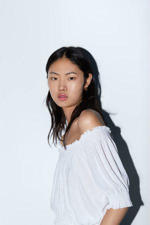 Zara Top mit elastischem ausschnitt