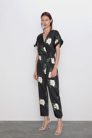 Zara Overall in wickeloptik mit print