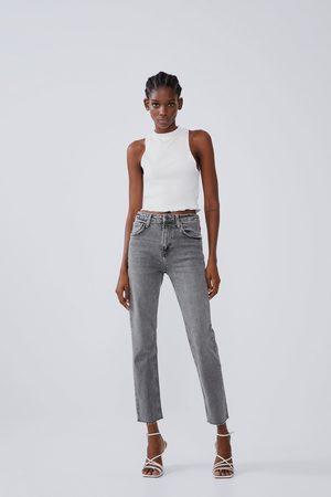 Zara Hi-rise-jeans