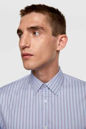 Zara Hemd mit strukturmuster und streifen