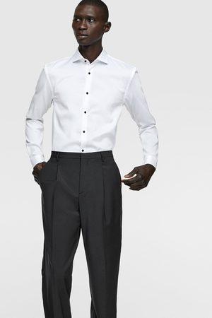 Zara Hemd mit strukturmuster und knöpfen