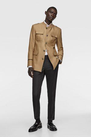 Zara Uniformjacke mit taschen