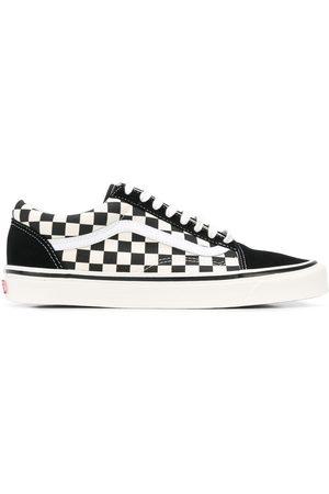 Vans Old Skool 36 DX sneakers