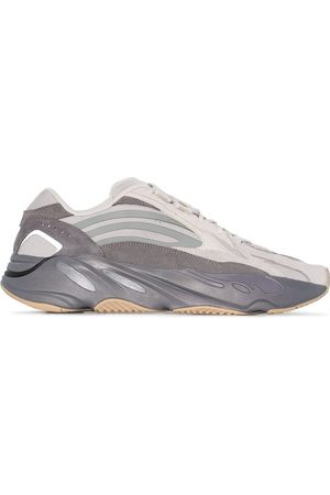 adidas Yeezy Boost 700 v2 Tephra sneakers