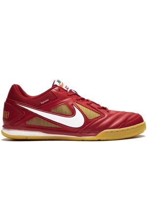 Nike Supreme x SB Gato QS sneakers