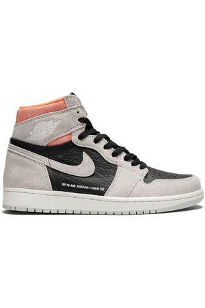 Jordan Sneakers - Air 1 Retro High OG neutral grey/hyper crimson