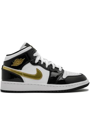 Nike Sneakers - Air Jordan 1 Mid SE (GS) gold patent leather