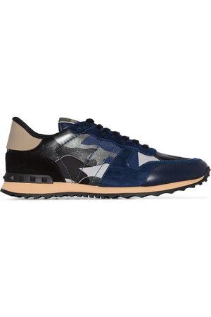 VALENTINO Herren Sneakers - Garavani Rockstud Rockrunner Camouflage Leather Sneakers