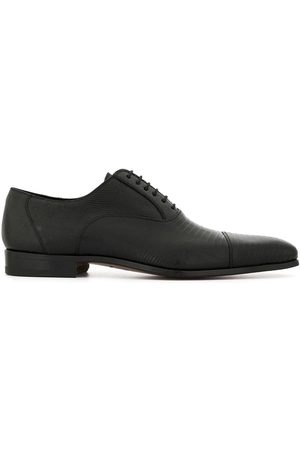 Magnanni Grained lace-up shoes
