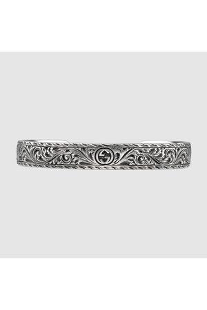 Gucci Armreif aus Silber mit Felinekopf