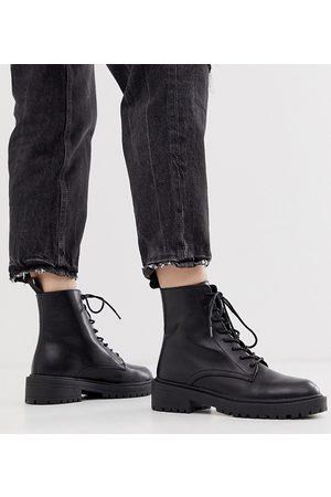 Raid Exclusive Micah lace up flat boots