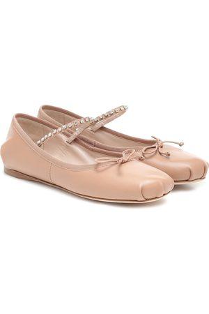 Miu Miu Verzierte Ballerinas aus Leder