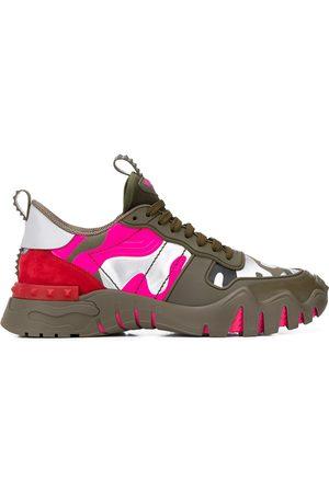 VALENTINO Garavani Camouflage Rockstud Plus sneakers