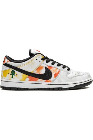 Nike SB Dunk Low 'Tie-Dye Raygun 2019' sneakers