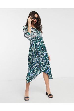 Closet Damen Freizeitkleider - Closet wrap midi dress with puff sleve in mixed print