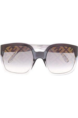 Fendi Logo print oversized sunglasses
