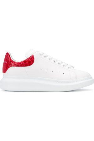 Alexander McQueen Herren Sneakers - Oversized low-top sneakers