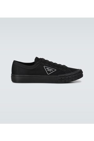 Prada Sneakers Wheel aus Canvas