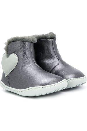 Camper Kids Love heart boots