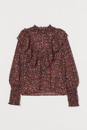 H&M Bluse mit Smokdetails