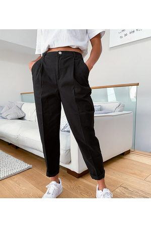 ASOS ASOS DESIGN Petite chino trousers in