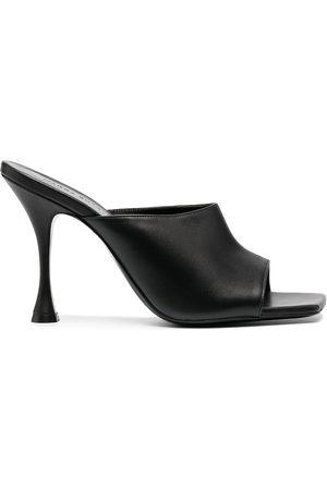 MAGDA BUTRYM Damen Clogs & Pantoletten - High-heeled leather mules